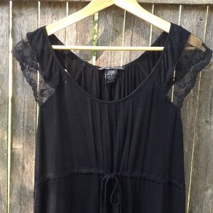 Tops - Sexy Black Lace Flutter Sleeve Top XL